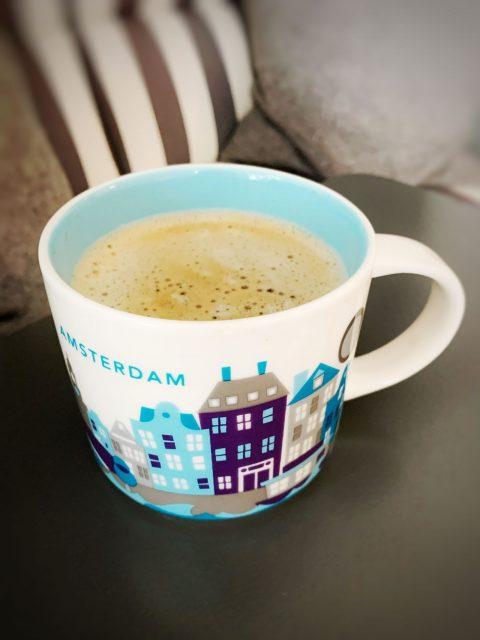 kunterbunte Kaffee-Tassen-Sammlung